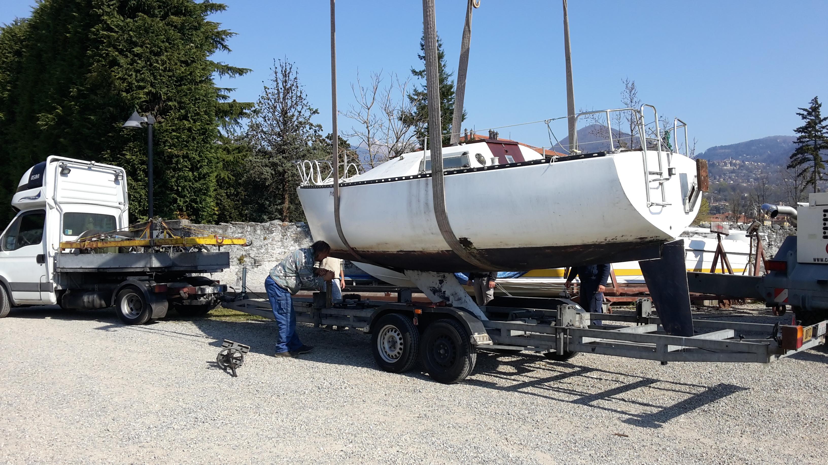 E spuntata una barca in giardino sailboatgaleb